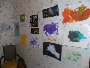 Art folio wall